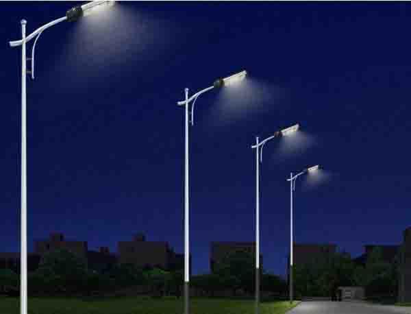 单臂led路灯照明节能改造