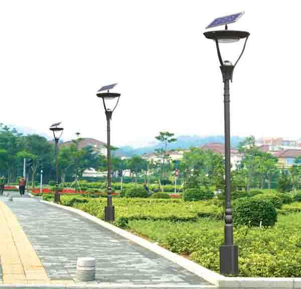 洛阳太阳能路灯厂家生产的太阳能路灯批发价格报价多少钱